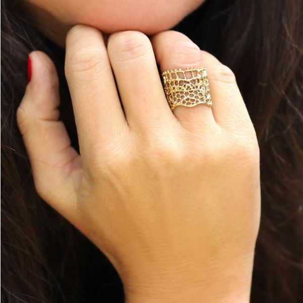 Lace ring