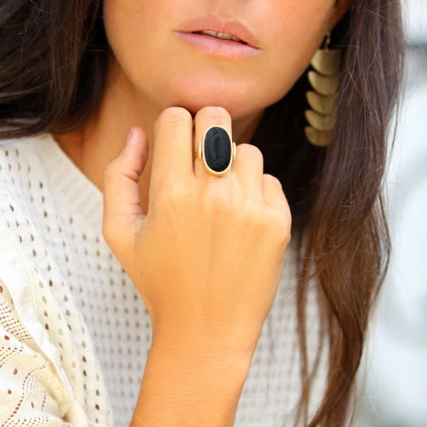 Onyx and white Agate Flip ring