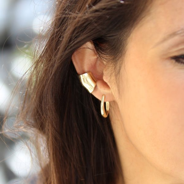 Bubble ear cuff