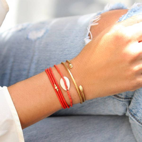 Coral and shell bracelet
