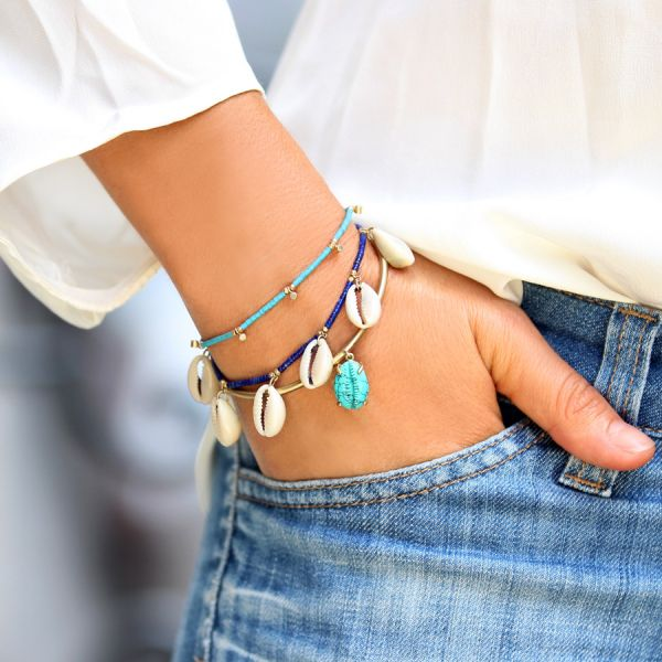 Turquoise and shells bracelet