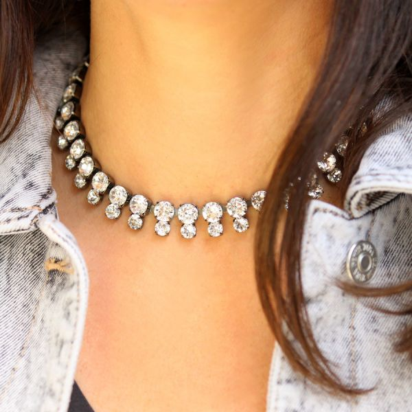 Crystals choker necklace