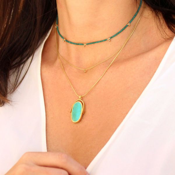 Turquoise and diamonds necklace
