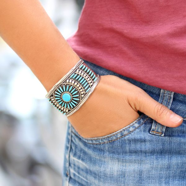 Turquoise Rosace Cuff