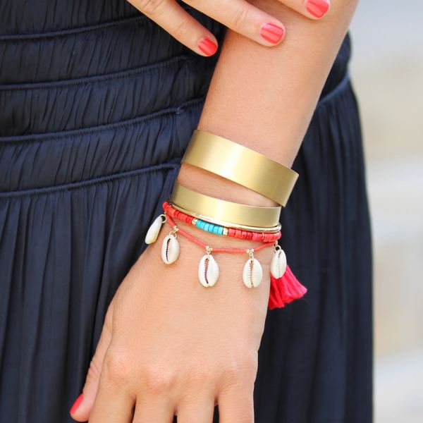 Coral and shells bracelet