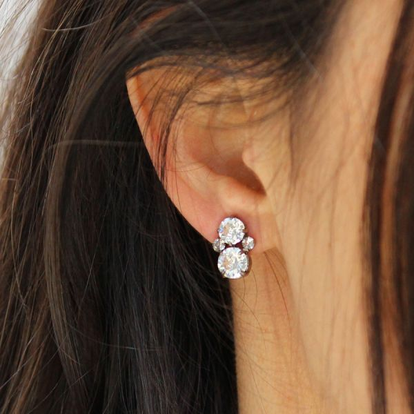 Crystals stud earring